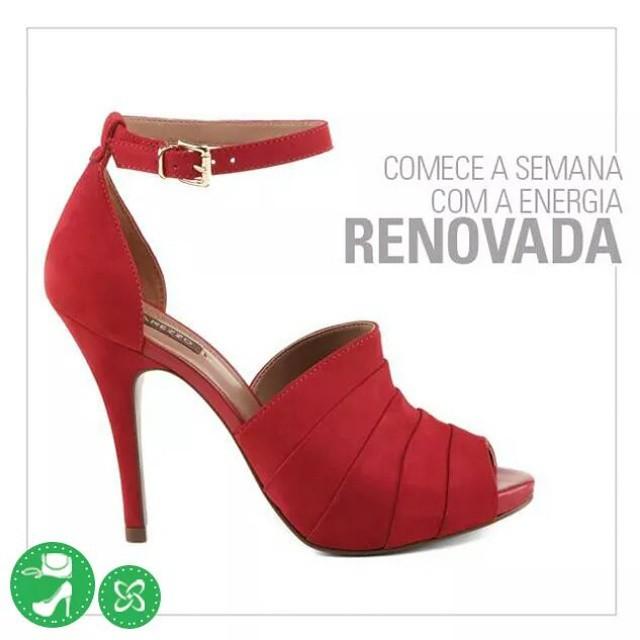 E dê um up no seu poder com essa sandália luxo! A cara da riqueza! #arezzo #semana #shoppingconquistasul