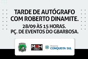 Tarde de autógrafo com Roberto Dinamite